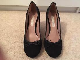 Pied A Terre - Black Court Shoe