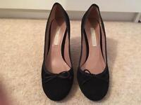 Pied A Terre - Black Court Shoe