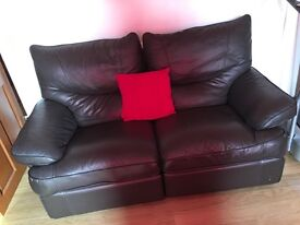 3&2 SEATER BLACK LEATHER SUITE
