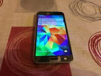 Samsung Galaxy s5 - 16Gb Storage - Factory Unlocked to All Networks - Cracked Screen