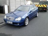 Mercedes C180K Panoramic Roof Excellent Condition