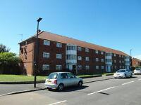2 Bedroom Ground Flat for rent in Heston
