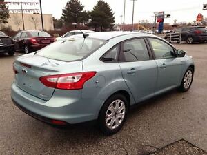 2012 Ford Focus SE| POWER LOCKS/WINDOWS| A/C| 10,027KMS Cambridge Kitchener Area image 7