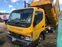 Mitsubishi fuso canter tipper2008 breaking spares