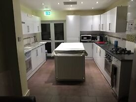 SHMP PROPERTY OFFERED VERY NICE DOUBLE ROOM NEXT TO LEYTON UNDER GROUND STATION E10