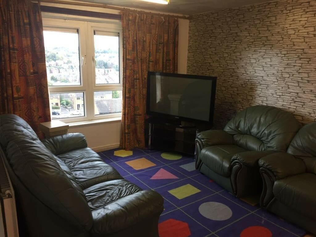 2 Bedroom Flat to Rent Fully Furnished - Margate Drive, Sheffield, S4
