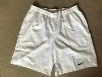 Nike Men's Shorts Size L - new.