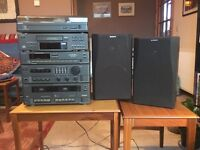 Sony Compact Hi-Fi Stereo System with Turntable & CD Player