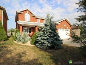 $379,000 - 2 Storey for sale in Windsor Windsor Region Ontario image 3