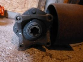 Massey Ferguson 35 and 135 power take-off flat belt pulley arrangement
