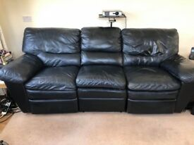BLACK 3 SEATER ELECTRIC RECLINING SOFA AND ELECTRIC RECLINING CHAIR, , GOOD COND. £50