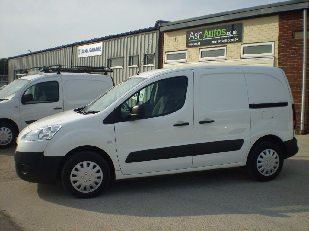 van lots small vans inc 39 kangoo partner berlingo connect plus other makes models ash. Black Bedroom Furniture Sets. Home Design Ideas