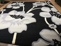 Brand new large black rug size 180 cm x 230 cm