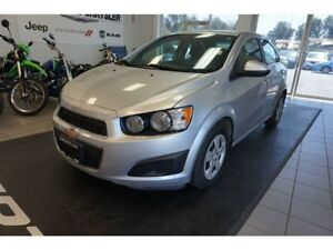 2015 Chevrolet Sonic LT - Stearing wheel controles, touchscreen,