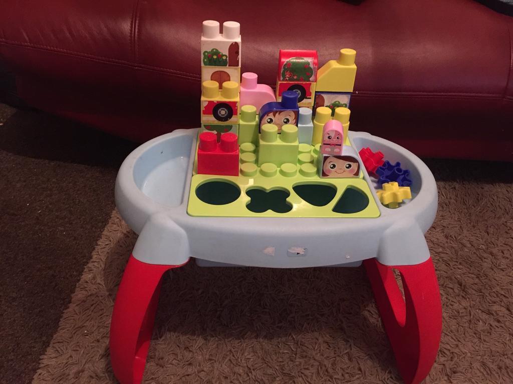 Building Bricks Table