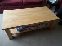 ******SOLID WOOD COFFEE TABLE IN ONE PIECE******