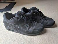 Nike Air Max 90 Essential - UK 9.5 - As new