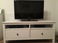 "32"" Samsung TV, very good condition andPhillips DVD player."