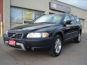 2007 Volvo XC70 2.5T AWD DVD/Leather/P.Sunroof