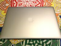 "MacBook Pro 15"" Retina, Mid 2014, 2.5Ghz Quad core i7, 16GB Ram, Intel Iris Pro/GeForce GT750 2GB"