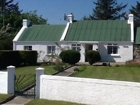 Quiet & Beautiful Traditional Character Country Cottage,views over Causeway Coast