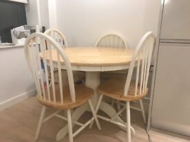 4 seater round dinning table