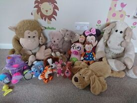 Bundle of cuddly Toys