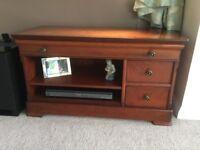 Dark wood tv/DVD cabinet in good condition