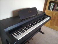 Yamaha Clavinoa CLP-311 digital piano