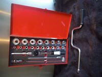 "BRITOOL 1/2 "" DRIVE IMPERIAL SOCKET SET 3/8"" TO 1&1/4"""