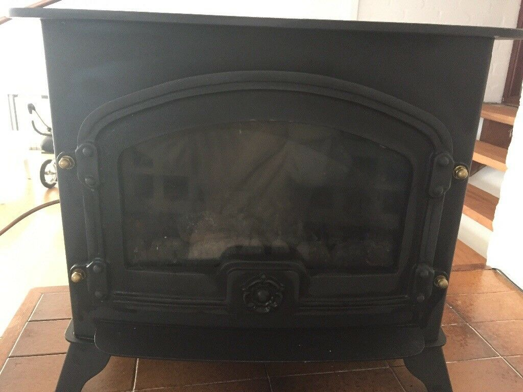 gas fire lpg yeoman excel cpd gas stove log burner in cardiff