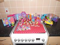 MASSIVE COLLECTION OF POLLY POCKET