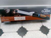 Nicki Clarke hair curling tong