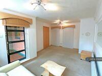 1 bedroom flat in Aldgate East, London, E1 (1 bed) (#1079393)