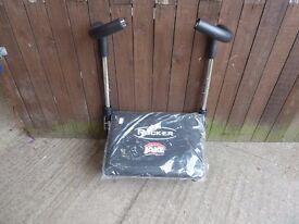 Brand New Ab Rocker by Jake Delivery Available