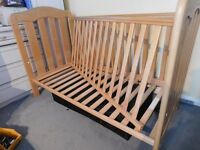 Mamma and Pappas Cot Bed