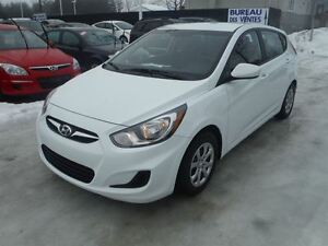 2014 Hyundai Accent GL  automatique hatchback  et a/c