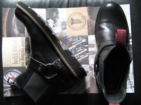 "Clarkes ""Norton motorcycle"" black leather dealer/chelsea boots unused outside/street UK 6 1/2 -7 1/2"