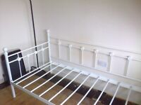 SINGLE METAL BED FRAME WHITE CREAM FLOWERS FLORAL DETAILS PICK UP BEITH