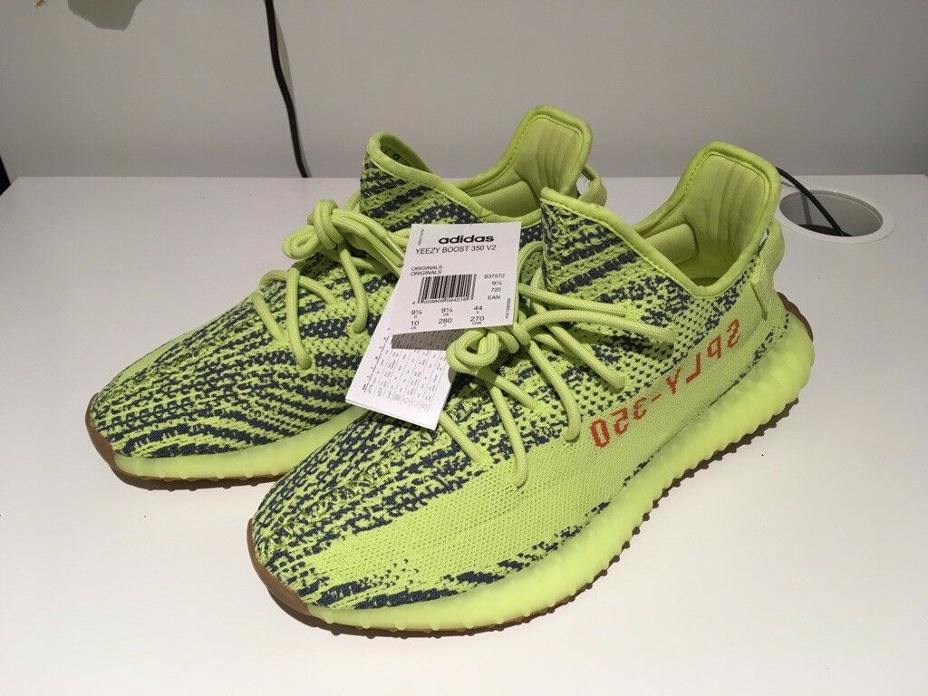 30c8292e8a9 Adidas Yeezy Boost 350 V2 Semi Frozen Yellow UK9.5 GENUINE AND AUTHENTIC