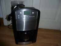Russell Hobbs-with grinder
