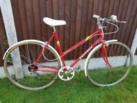 Vintage ladies Peugeot Road Bike.