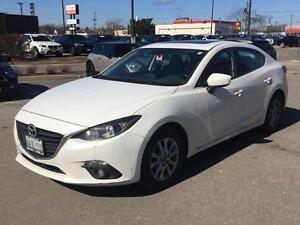 2014 Mazda Mazda3 GS-SKY | Bluetooth + Sunroof | CERTIFIED +...