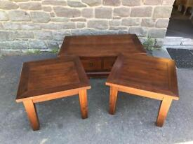 Lounge set * free furniture delivery *