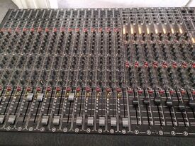 Vintage Studio Master 16 - 8 -16 Mixdown Gold Mixing desk with manual Late 80s