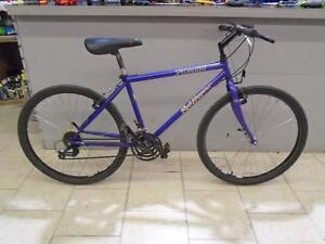 Vélo de ville Specialized 17 - 0625-1