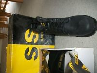 MENS STEEL TOE CAP BOOTS BRAND NEW SIZE 10