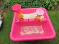 ELC Sand and Water Table incl additional sand toys