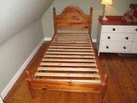Single pine beds & mattresses