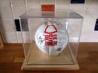 Nottingham FOREST F.C. Squad Hand Signed Football Ball